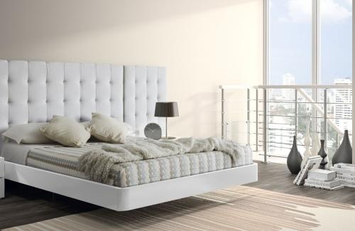 Dormitorio de matrimonio Bolonia (EOS) 164x120 melamina Nature y blanco